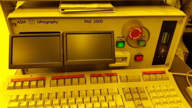 ASML 2500 Photolithography stepper